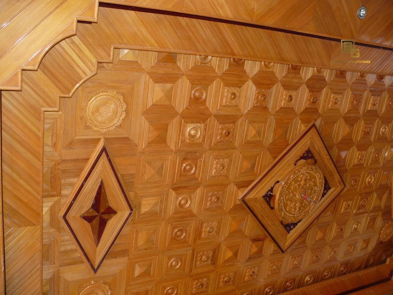 Mẫu trần gỗ Pơ Mu đẹp